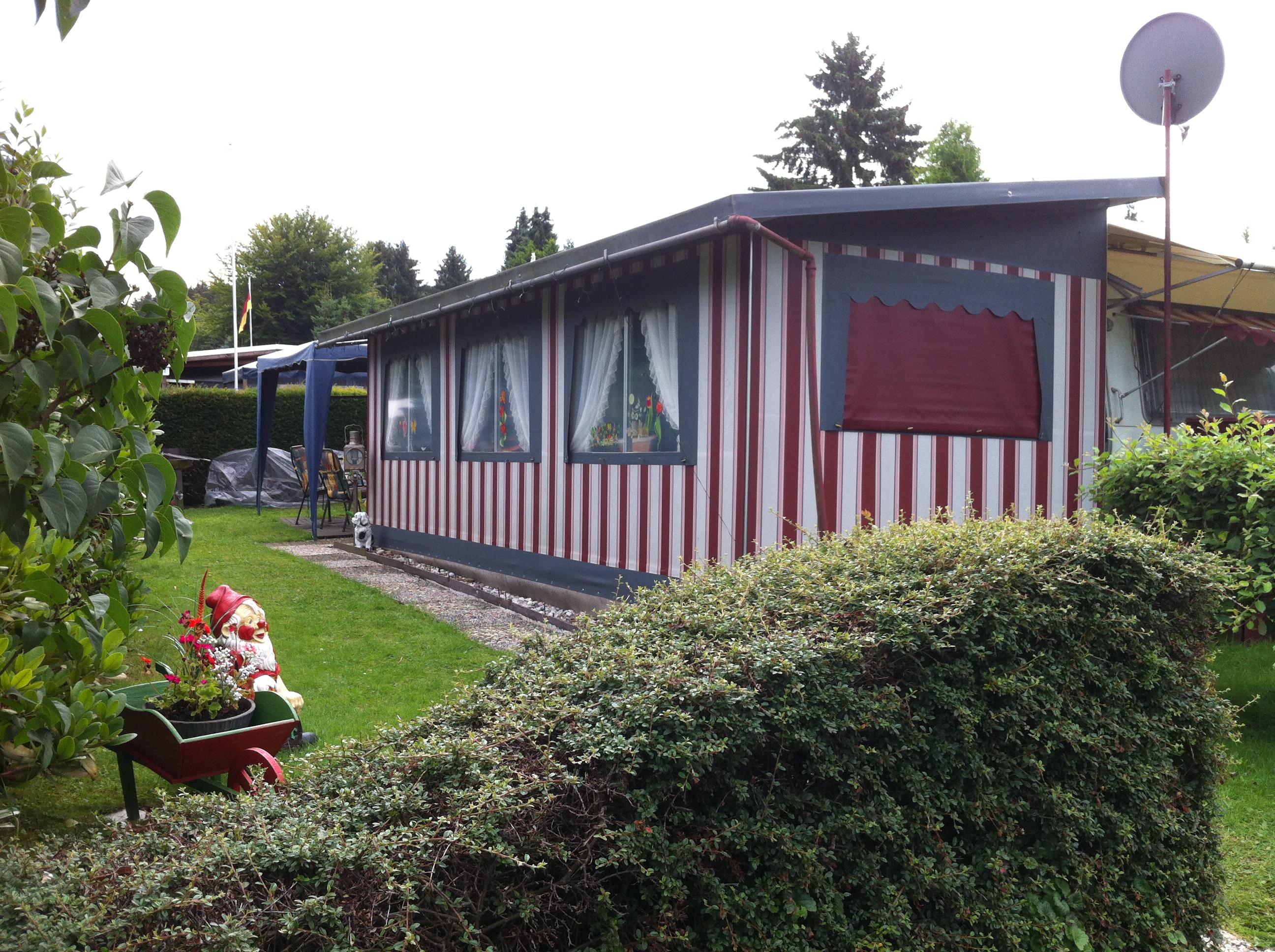127 urlaub auf dem campingplatz. Black Bedroom Furniture Sets. Home Design Ideas
